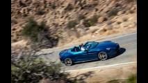 Aston Martin revela inédito Volante, versão conversível do Vanquish