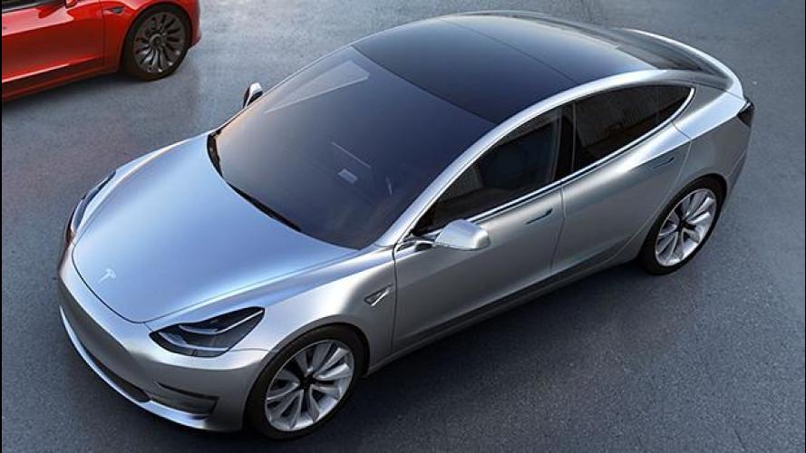 Tesla Model 3, con 276.000 pre ordini è già