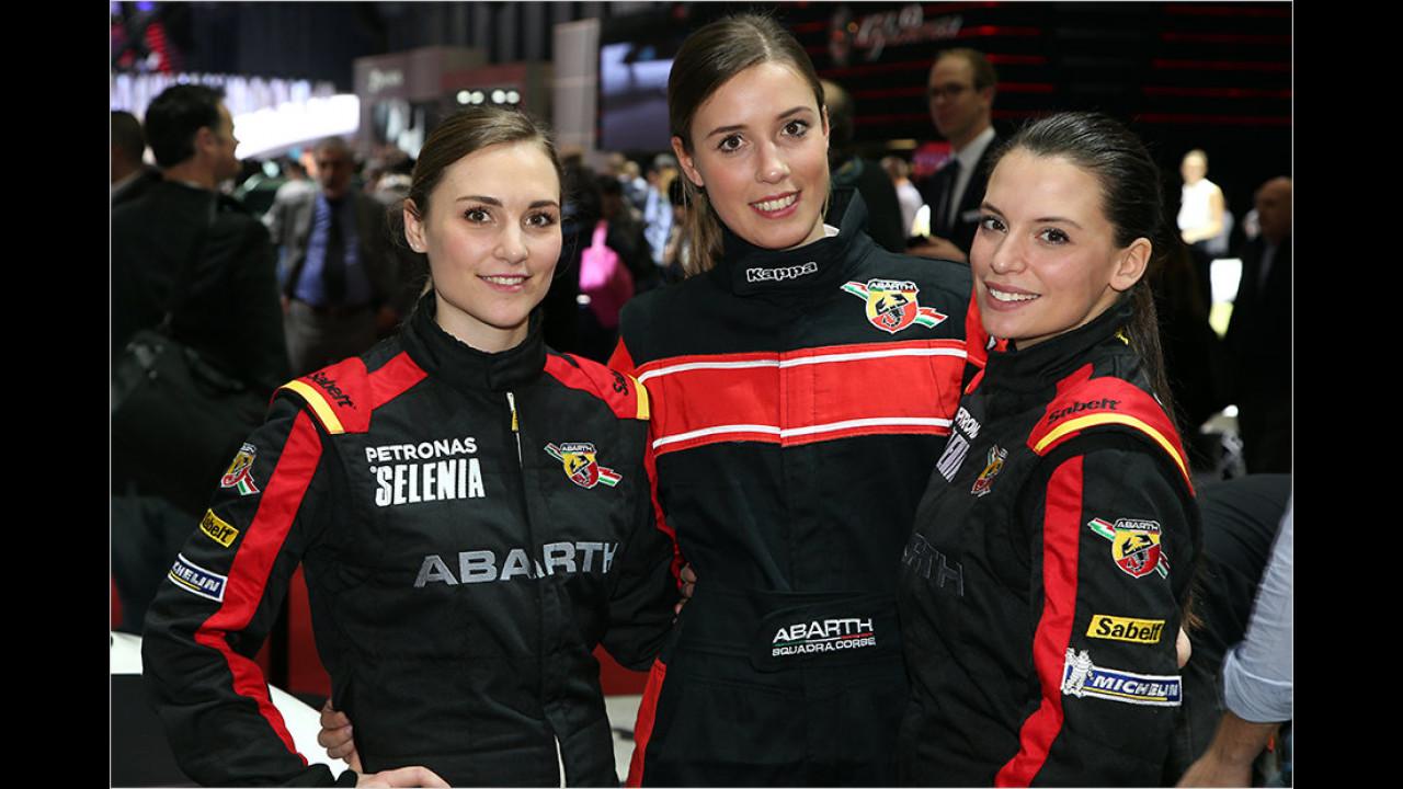 Hübsche Damen, wohin das Auge blickt. Welche würde bei Ihnen das Rennen machen?