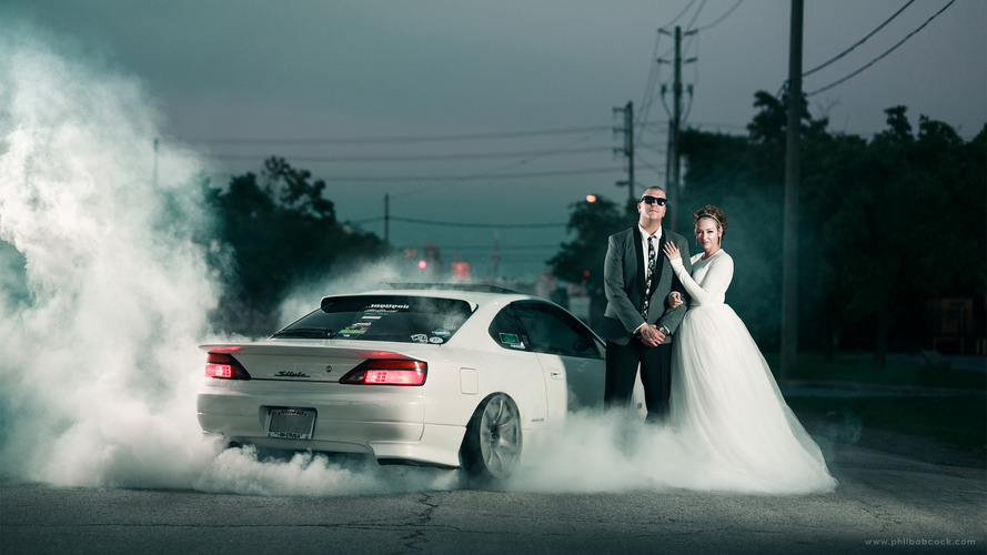 Wedding picture burnout stars Nissan Silvia S15