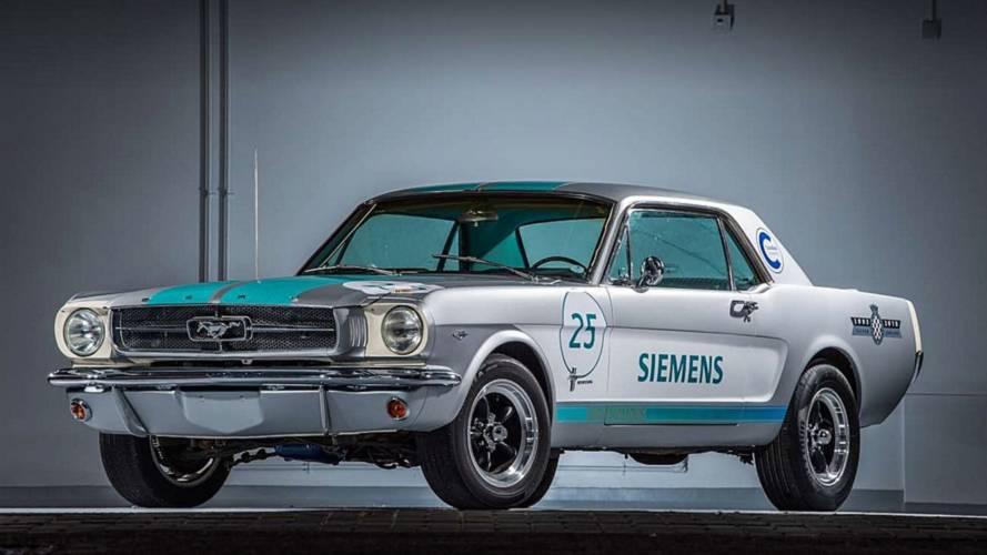 Ford Mustang, un prototipo a guida autonoma a Goodwood