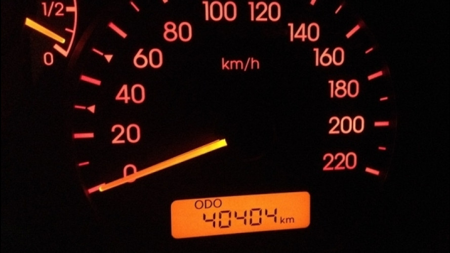 Km auto, come risalire a quelli veri dalla targa