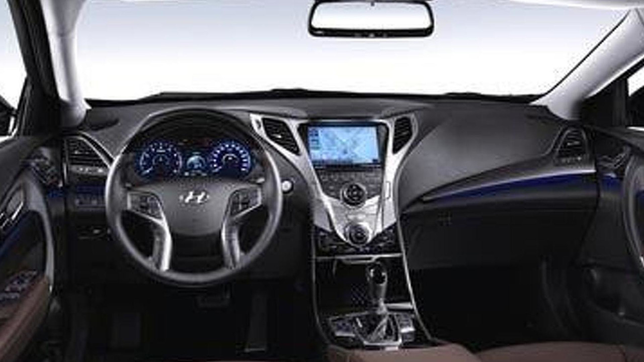 pictures new list cars car interior hyundai view azera bahrain for yallamotor