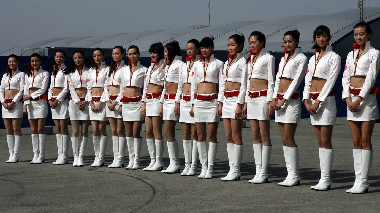 Girls - Formula 1 World Championship, Rd 4, Chinese Grand Prix, Saturday Qualifying