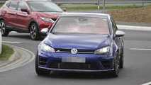 2016 Volkswagen Golf R420 spy photo