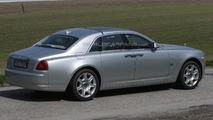 Rolls-Royce Ghost facelift spy photo 25.4.2013