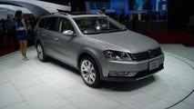 2012 Volkswagen Passat Alltrack world debut in Tokyo