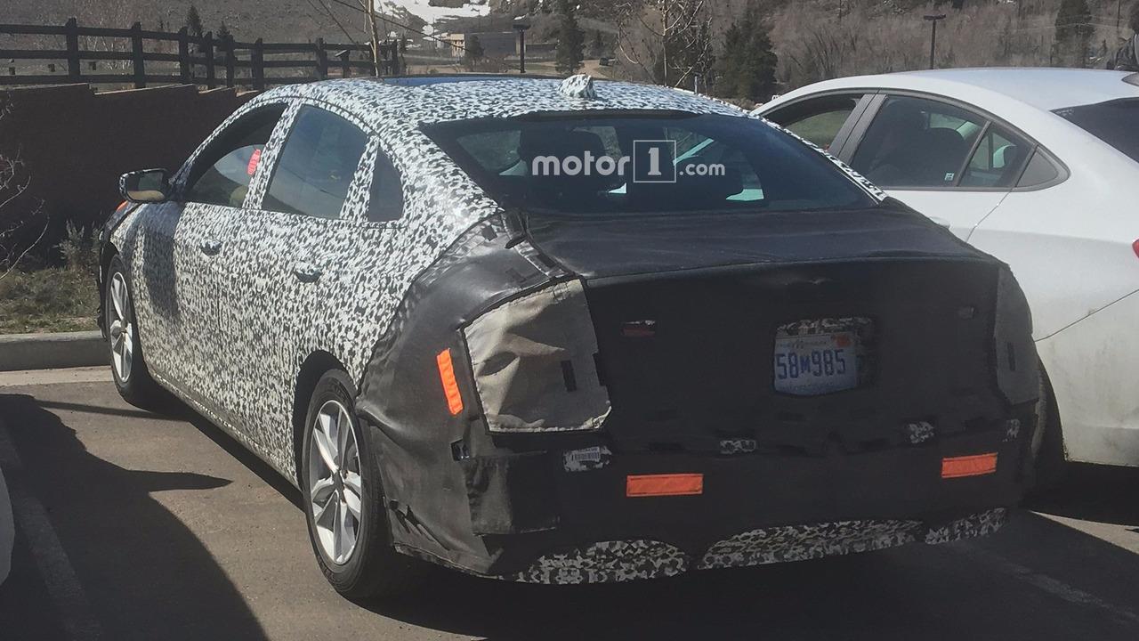 2015 - [Chevrolet] Malibu - Page 3 2019-chevy-malibu-spy-photo