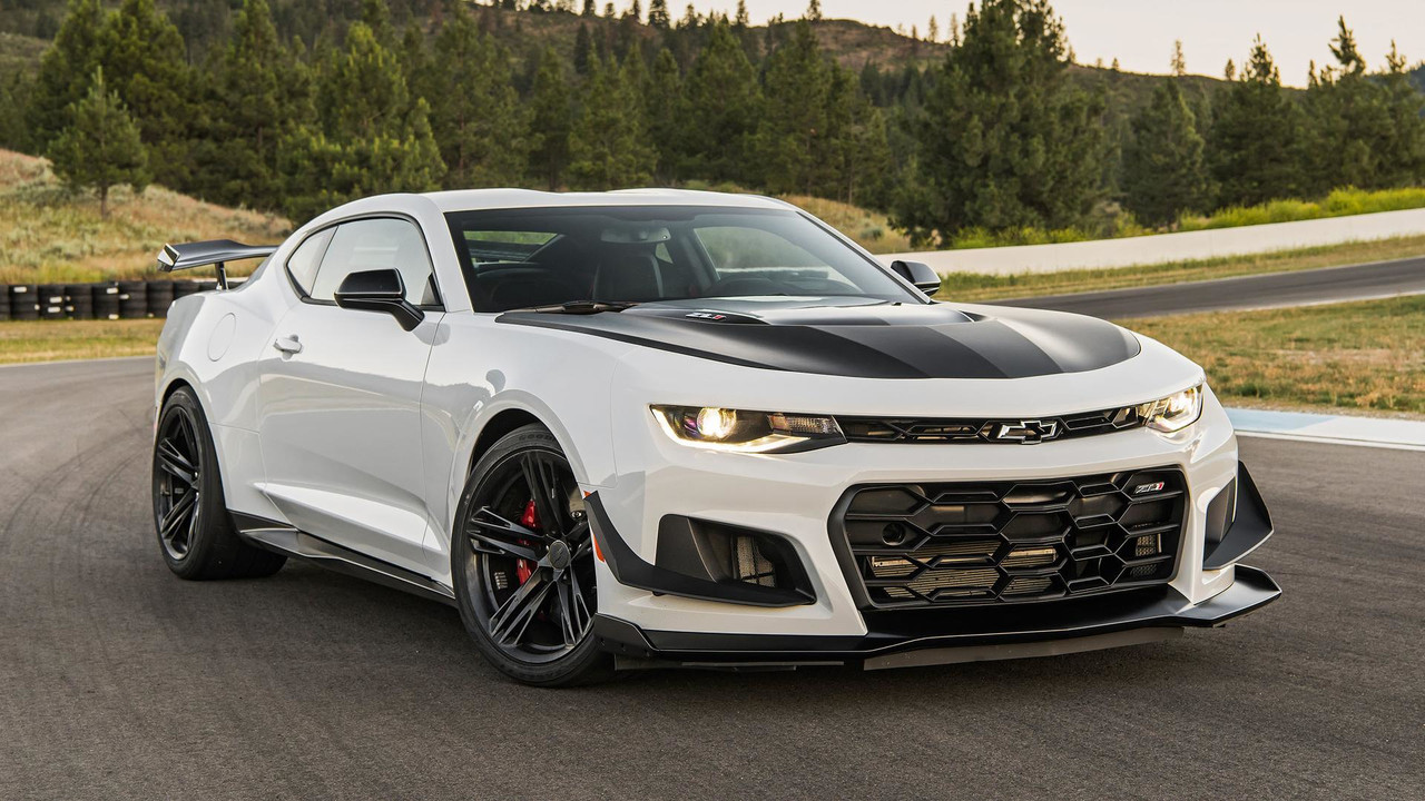 Chevy Camaro Gt4 R Race Car Gets You On Track For A Cool 259k