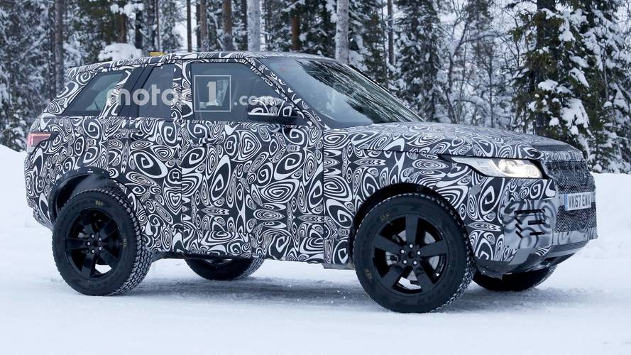 JLR designer says new Defender will shade the G-Class