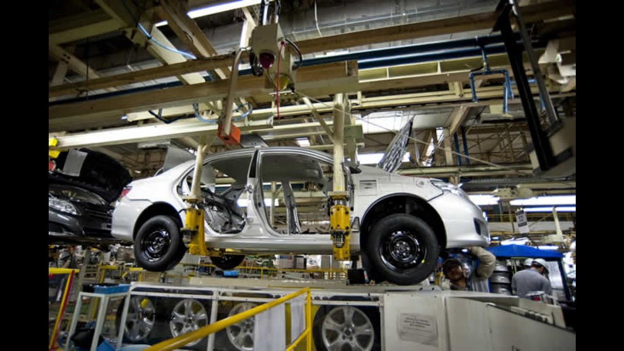 Toyota anuncia novas interrupções na produção como reflexo do terremoto