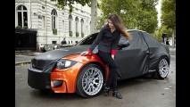 BMW aproveita Salão de Paris para expor Novo Série 1 M Coupé na rua