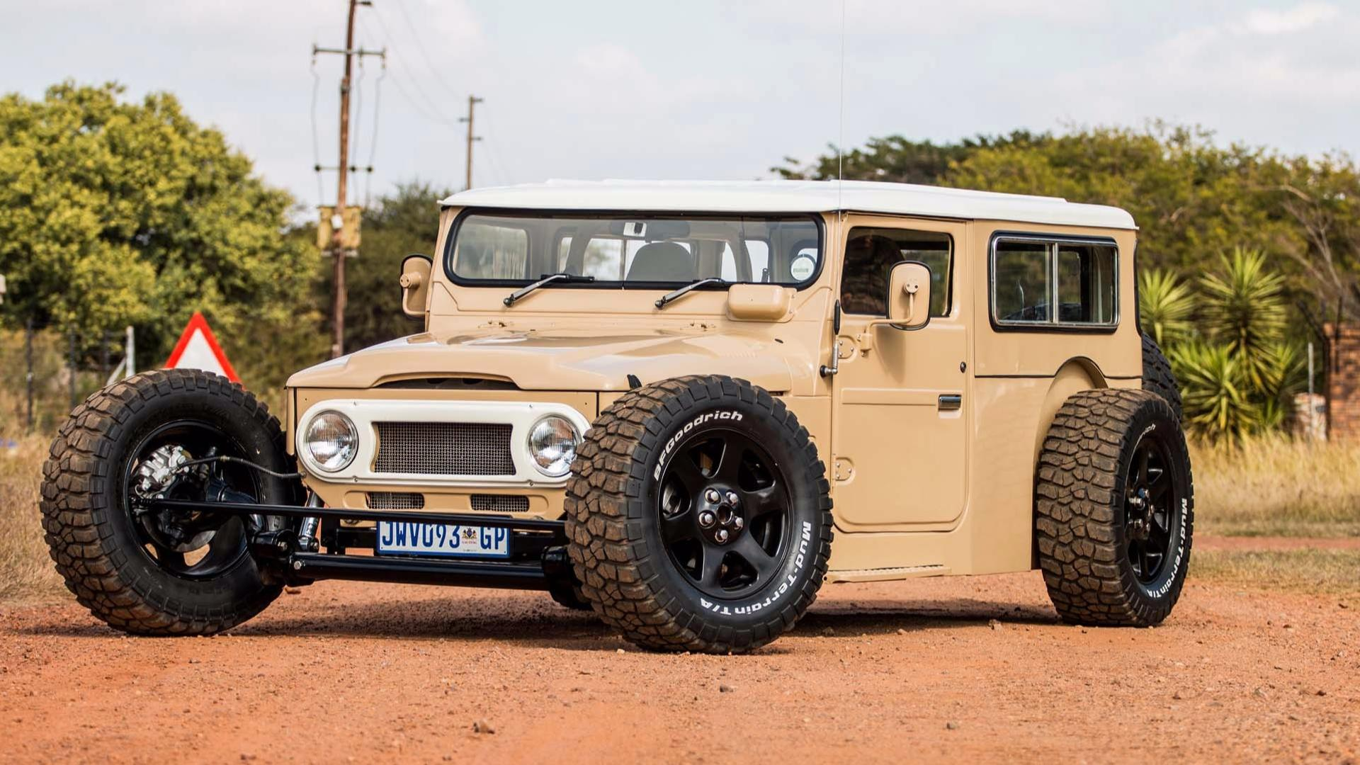 this custom toyota fj40 land cruiser hot rod redefines awesome. Black Bedroom Furniture Sets. Home Design Ideas