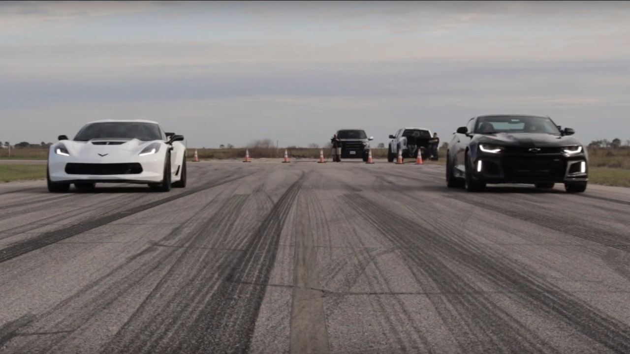 Camaro ZL1 vs Corvette Z06