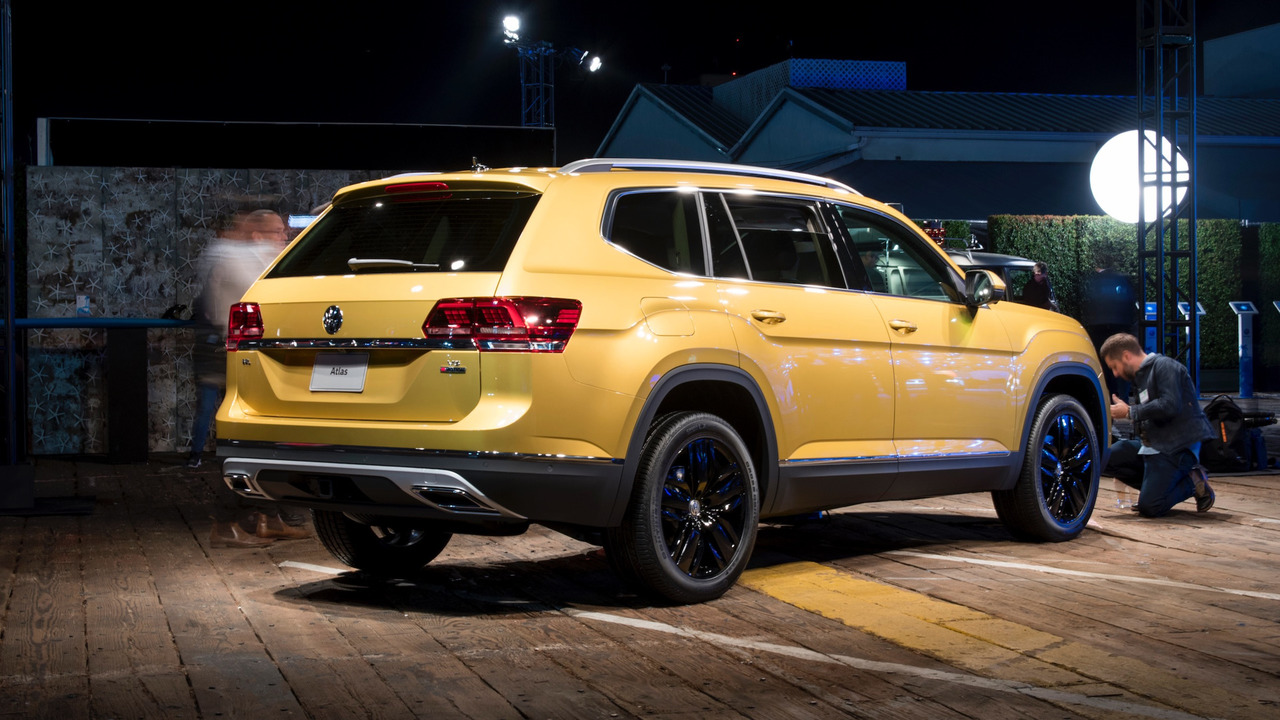 Featured Client Kelly Moss Motorsports as well Volkswagen Atlas Crossover Official Photos besides Automotorplexchicago as well Jeep Wrangler Rubicon Recon Details besides Sasha Alexander Why She Left Ncis Sasha Alexander Wallpaper By. on car storage facility chicago