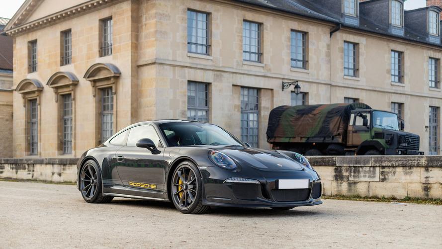Türünün tek örneği Porsche 911 R bir efsaneyi anıyor