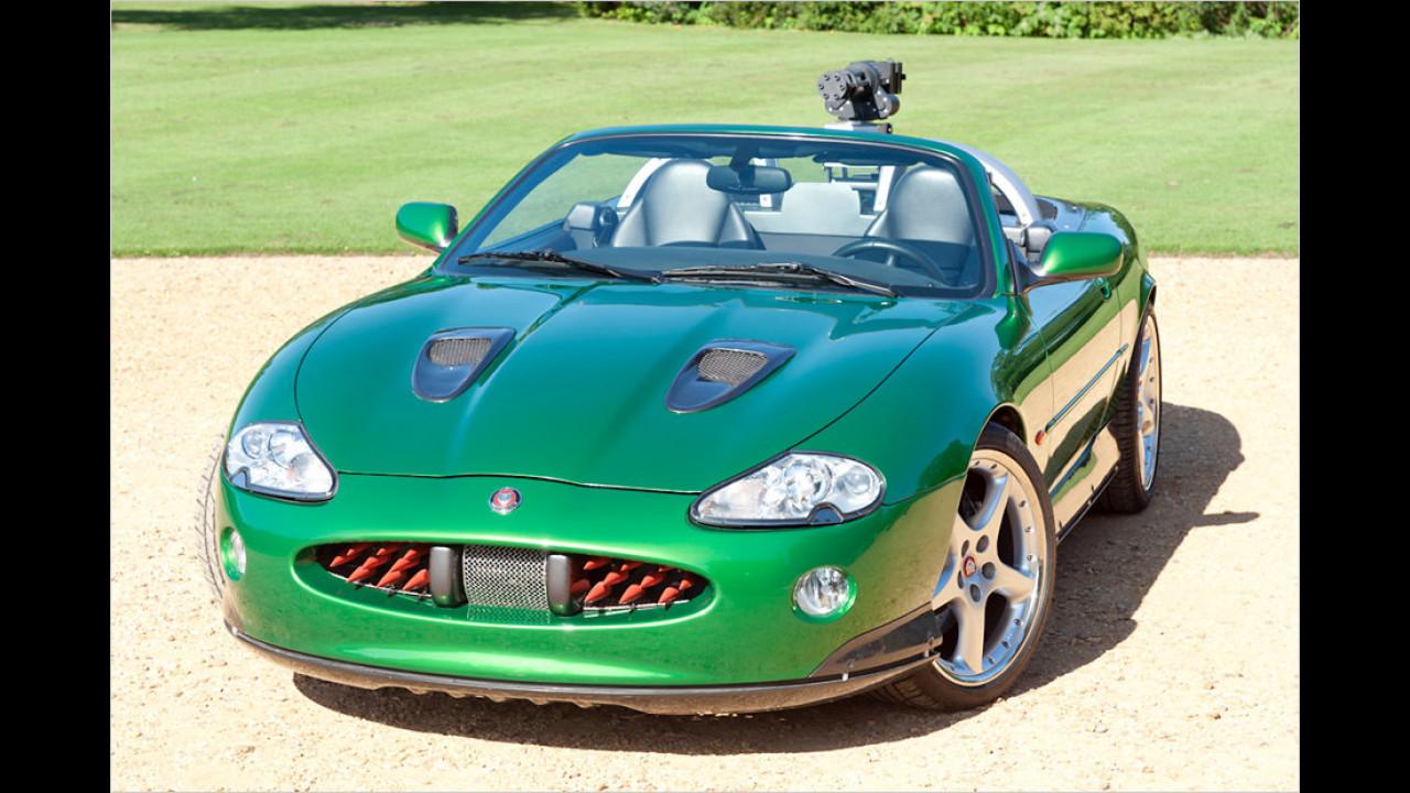 Stirb an einem anderen Tag (2002): Jaguar XKR
