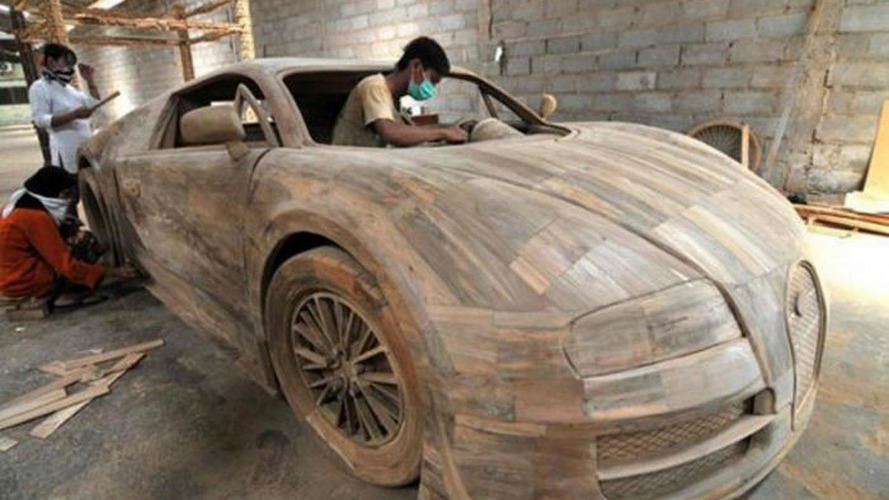 bugatti veyron full size replica made from wood costs just. Black Bedroom Furniture Sets. Home Design Ideas