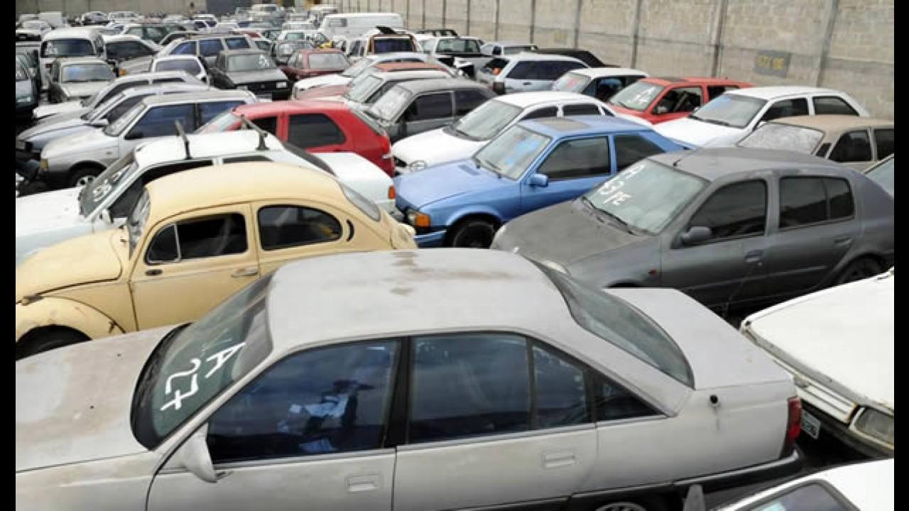 Governo de SP vai reciclar carros abandonados