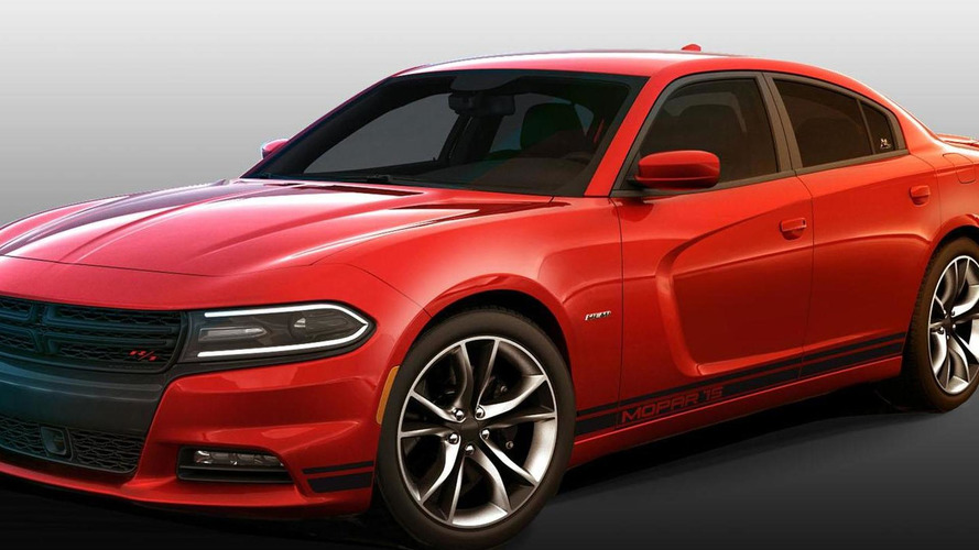 2015 Dodge Charger R/T gains a Mopar '15 Performance Kit