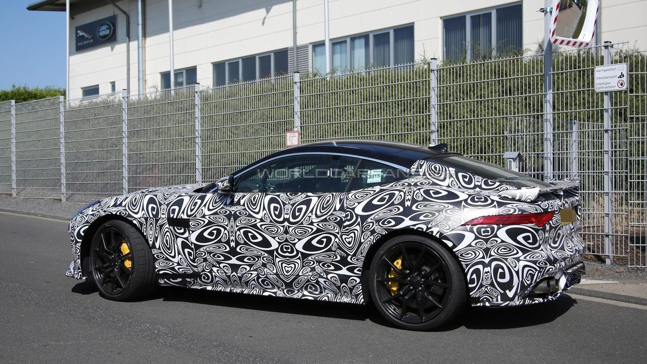 2016 Jaguar F-Type SVR spy photo