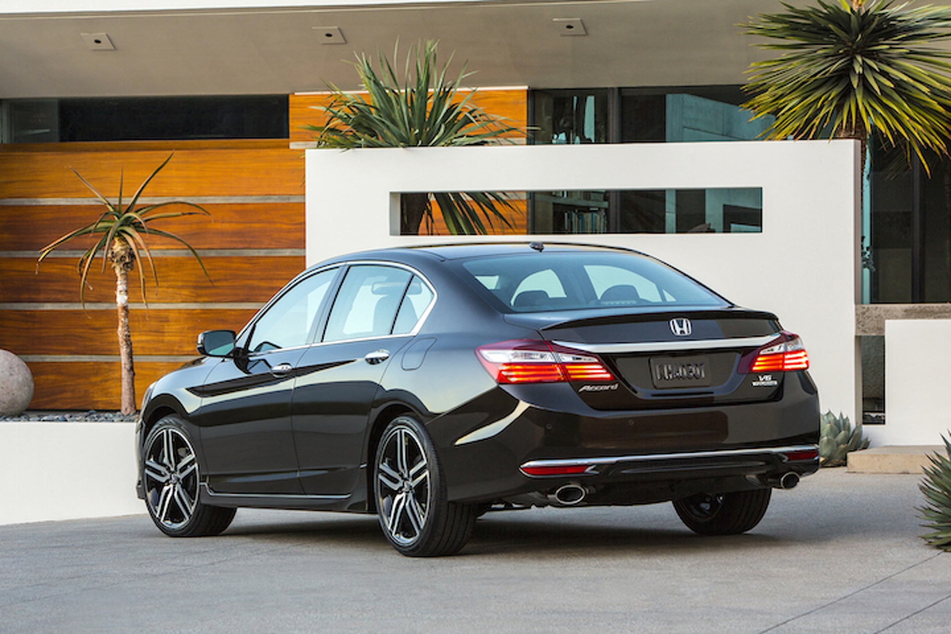5 New Features on the 2016 Honda Accord
