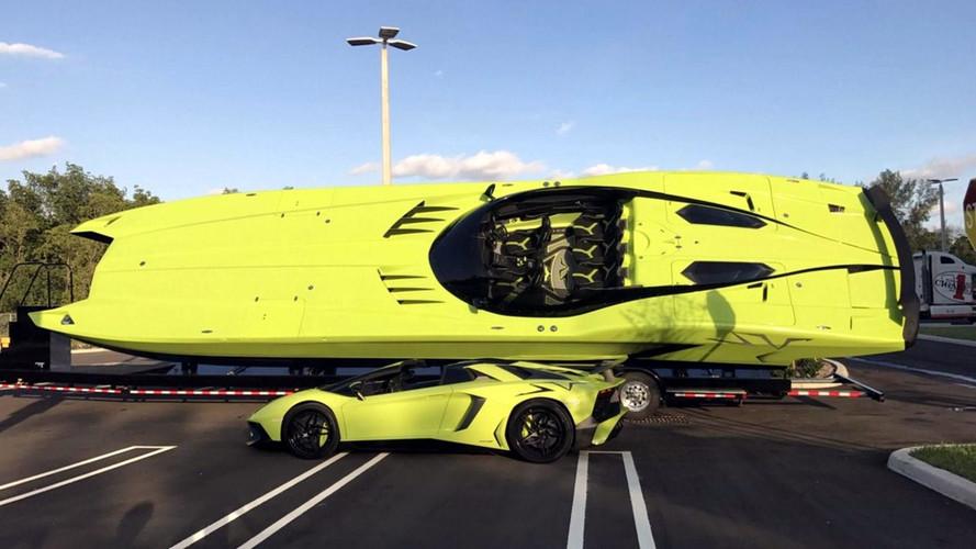 Árulják a híres Aventador-katamarán párost
