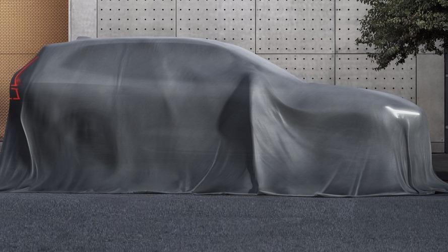 2018 Volvo XC60'ın yeni teaser'ları yayınlandı