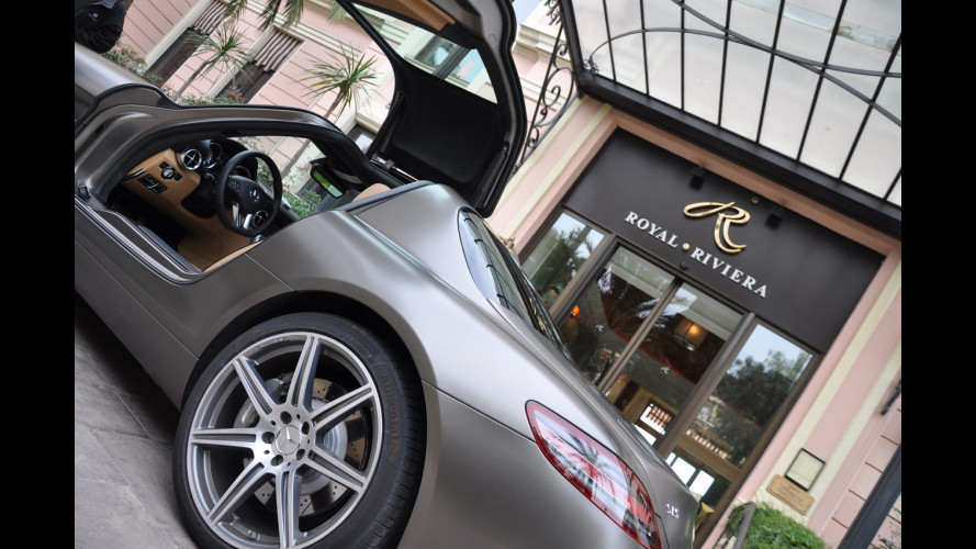 Mercedes SLS, coast to track