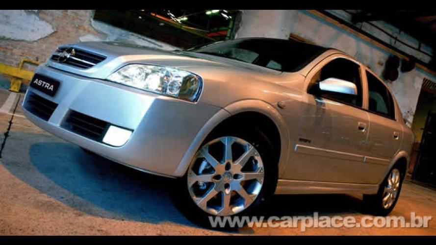 Chevrolet faz feirões pelo Brasil para limpar linha 2009 - Veja preços de alguns modelos