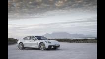 Nuova Porsche Panamera 4 E-Hybrid