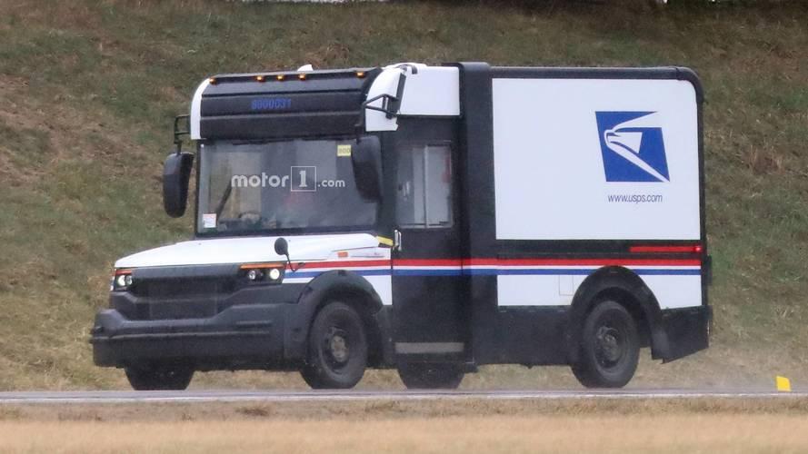 Big, Boxy U.S. Postal Truck Prototype Spotted Testing