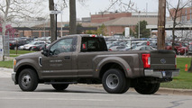 2017 Ford F350 XLT Single Cab Dually spy photo