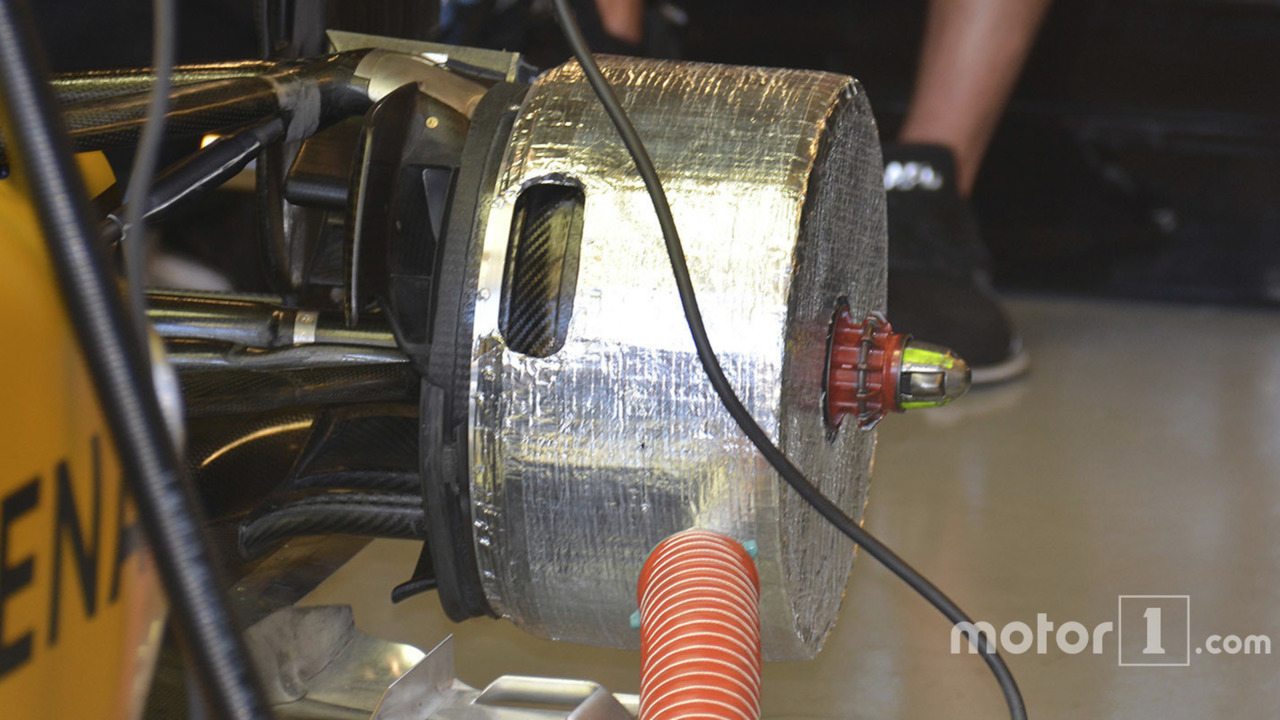 Renault Sport F1 Team RS16 rear brake duct detail