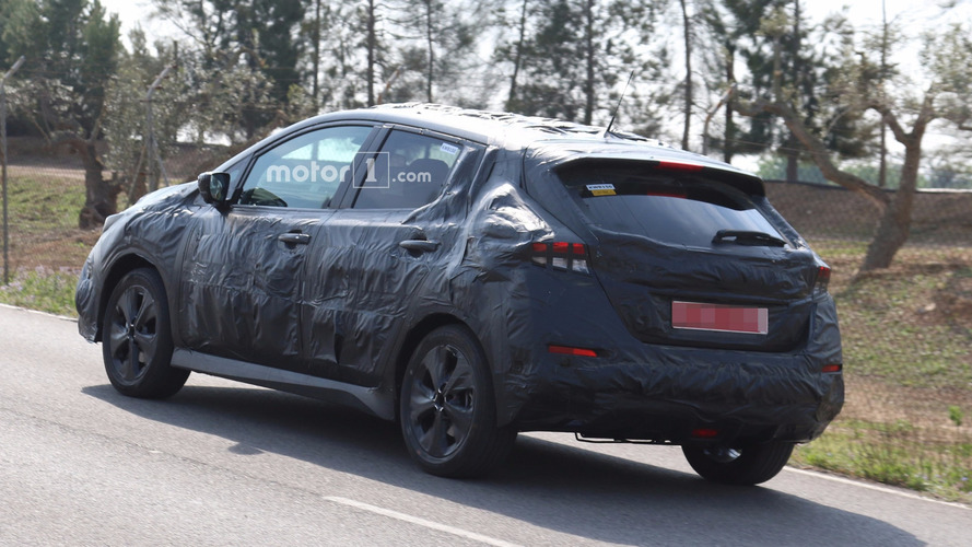 2018 Nissan Leaf spy photo