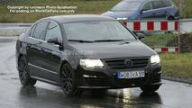 SPY PHOTOS: VW Passat R 36