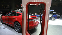 2016 Tesla Model S Paris Motor Show
