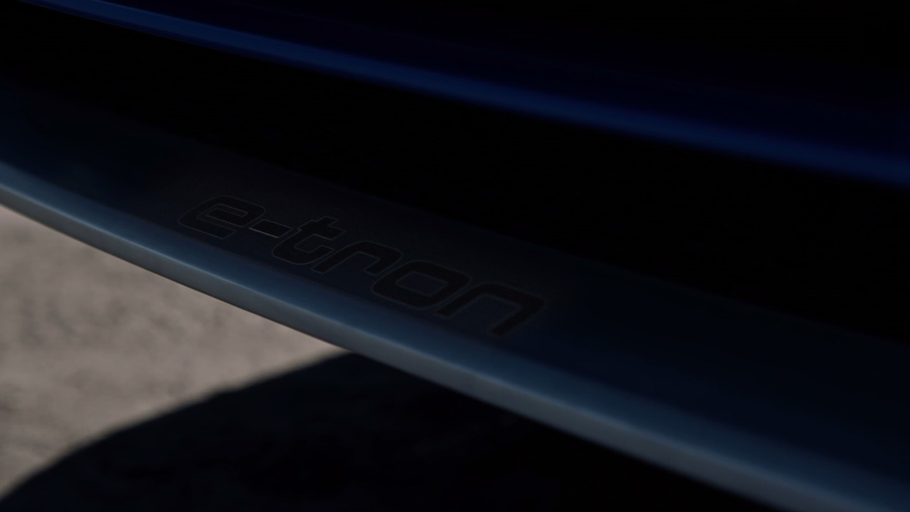 Audi Q8 konsept teaser