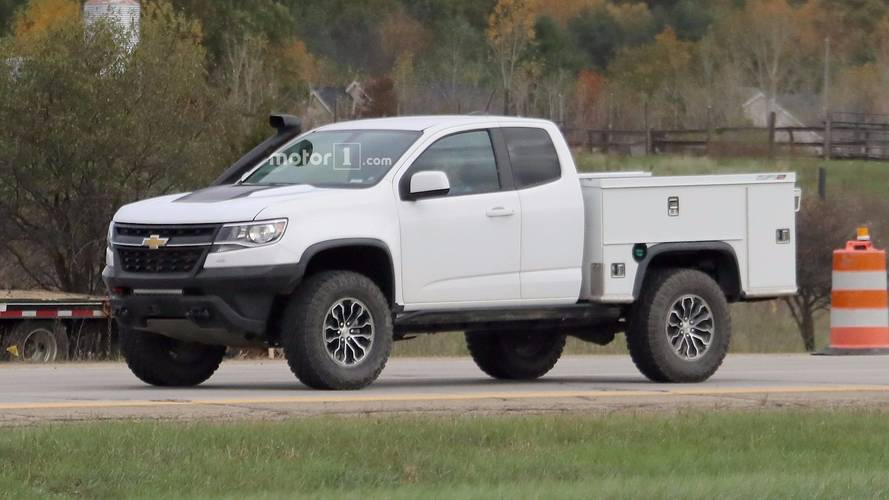ultimate work truck chevy testing zr2 based utility vehicle. Black Bedroom Furniture Sets. Home Design Ideas