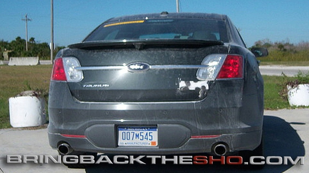 Ford Taurus SHO spy photo
