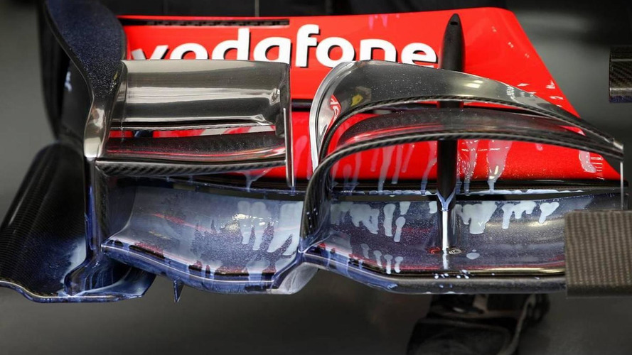 Team member races from UK to fix Hamilton's wing