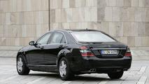 Mercedes-Benz S 600 Pullman Guard Limousine