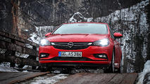 2016 Opel Astra LED headlights