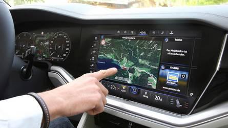 Volkswagen Touareg e il display da 15 pollici che sfida la Tesla