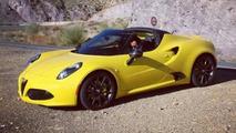 Production Alfa Romeo 4C Spider spy photo / autoblog.it