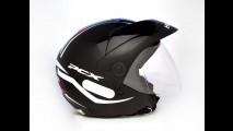 Honda lança capacete inspirado no scooter PCX