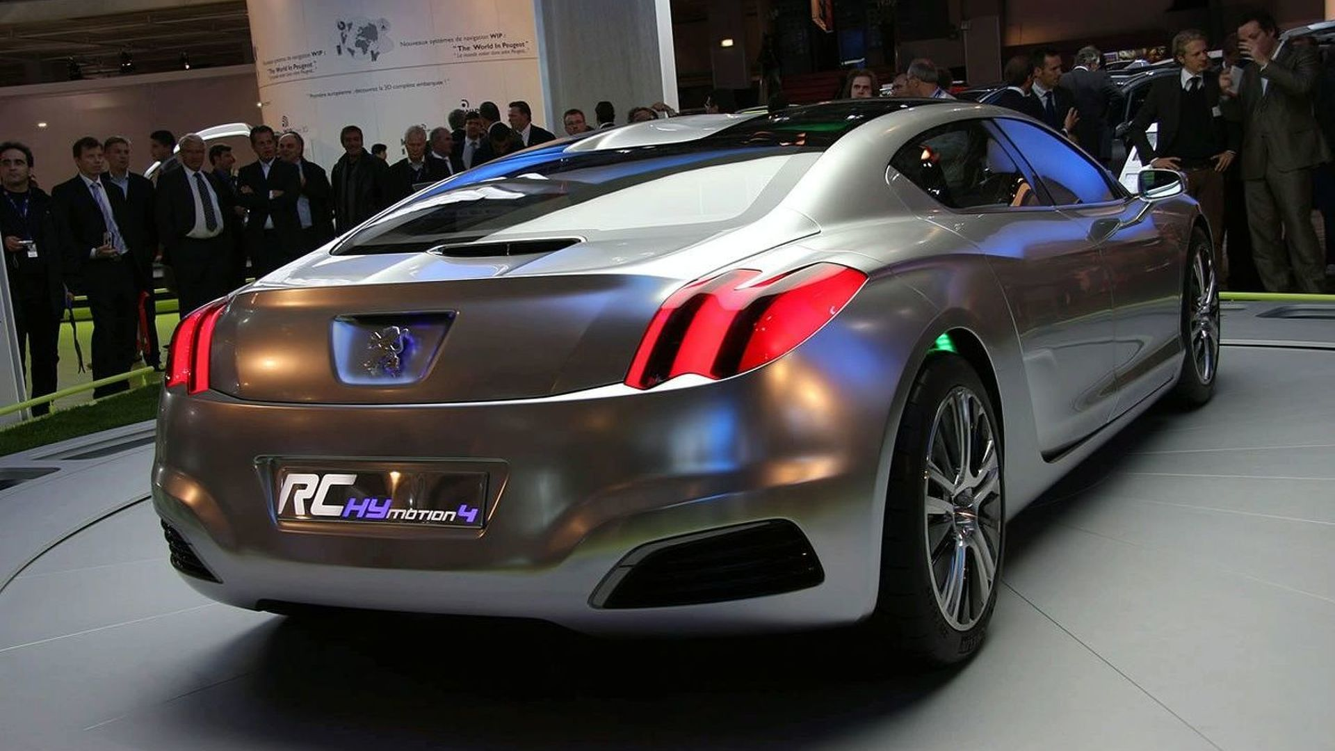 2008-714-peugeot-rc-hymotion4-concept-in-paris1.jpg