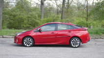 2016 Toyota Prius Four | Why Buy Gallery