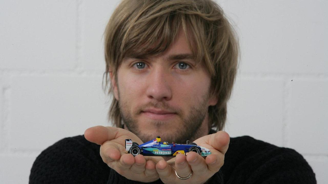 Nick Heidfeld return to Sauber announced, 14.09.2010