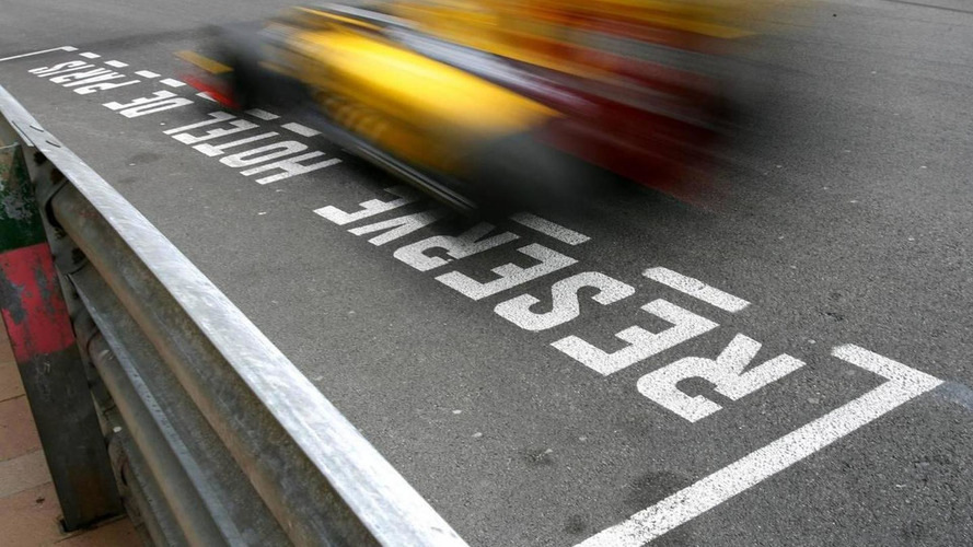 Renault confident Kubica will stay in 2011